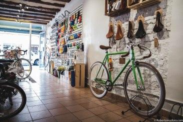 Reportaje a la tienda de bicicletas La Pomada Bike por Rober Tomás